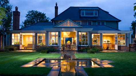 Beautiful Garden Design In Front Of Amazing House Excerpt