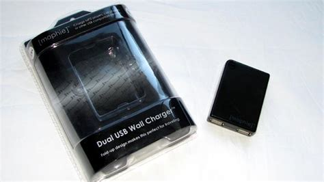 mophie wall charger review mophie dual usb wall charger mobile magazine