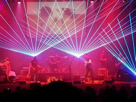 pink floyd laser light show think pink floyd laser light show patchogue theatre