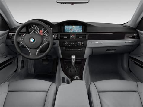 bmw 3 series dashboard image 2013 bmw 3 series 2 door coupe 335i rwd dashboard
