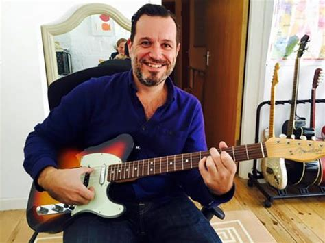 ukulele lessons in london blockley guitar tutor london guitar academy