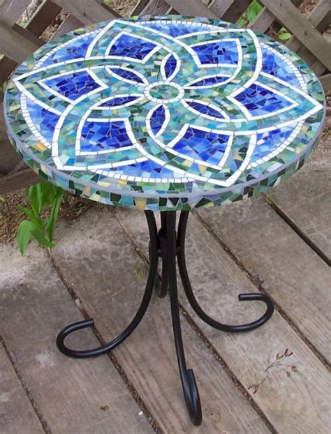 Mosaic Patio Table Top 25 Best Ideas About Mosaic Table Tops On Mosaic Tables Mosaic And Mosaic Crafts