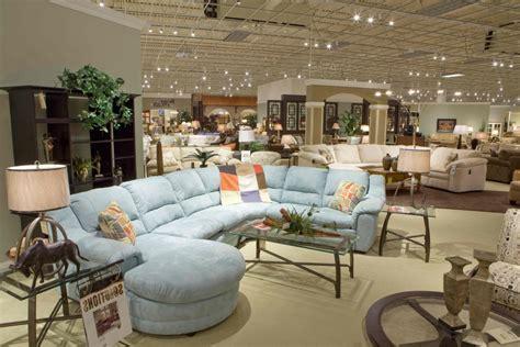 negozi di divani tutti i come ed i perch 233 di un vero divano di qualit 224