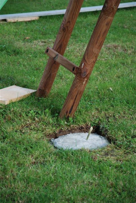 Installer Une Balancoire En Bois by Installation Portique En Bois Avec Toboggan 30 Messages