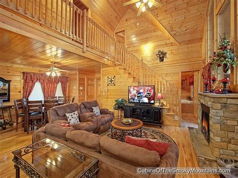 6 bedroom cabins in gatlinburg pigeon forge cabin simple elegance 6 bedroom sleeps 19