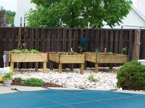 elevated garden beds diy raised garden beds on legs pdf diy raised garden bed plans