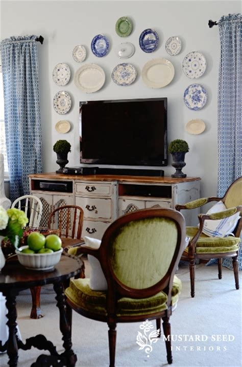 mustard seed home decor party junk 202 cool diy tv standsfunky junk interiors