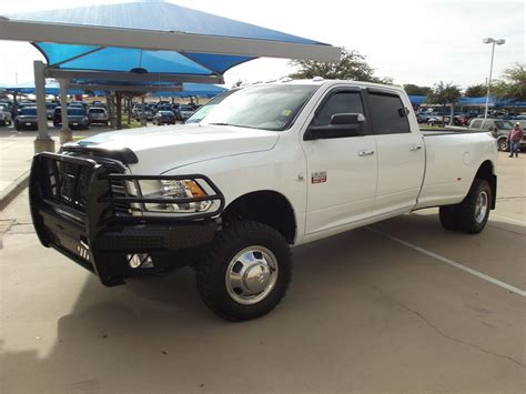dodge jeep white mike brown ford chrysler dodge jeep ram truck car auto