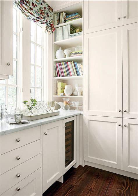 white corner cabinets for kitchen best 20 kitchen cabinet pulls ideas on pinterest