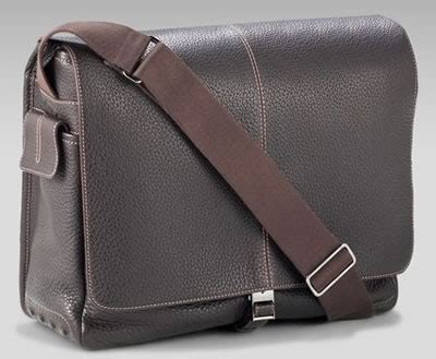Tods Boomerang Pochette by Tods Handbags And Purses Page 3 Of 7 Purseblog