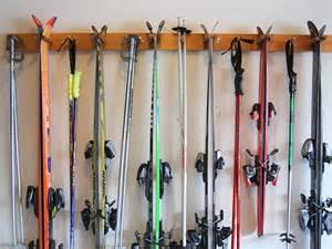 6 ski wall rack