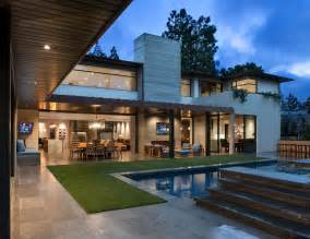What Is A Contemporary House by Modern Suburban Home In California By Rdm General
