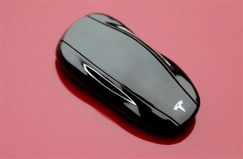 koenigsegg key how to prevent losing your tesla model s key fob