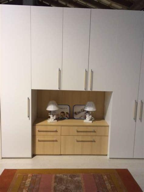 armadio cassettiera mistral armadio armadio con cassettiera scontato 35