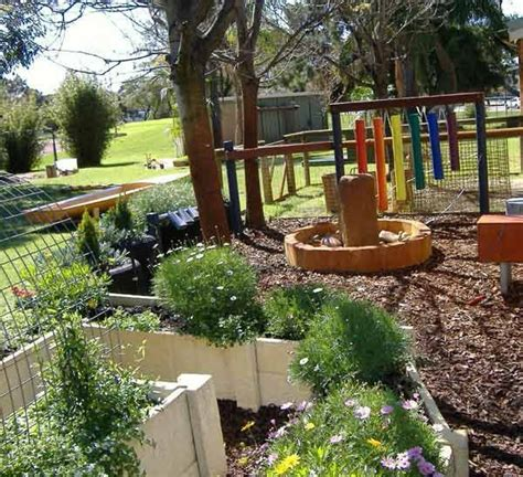Treasure Island Child Care Sensory Garden What A Great Ideas For School Gardens
