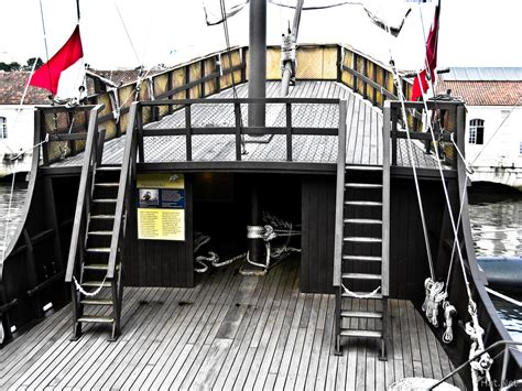 sailboat in spanish submarine topedo room espazo cultural longest journey
