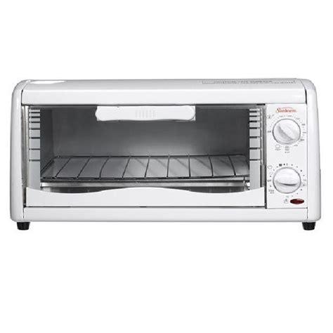 Sunbeam 4 Slice Toaster Oven sunbeam 6198 white 4 slice toaster oven overstock shopping great deals on sunbeam toasters
