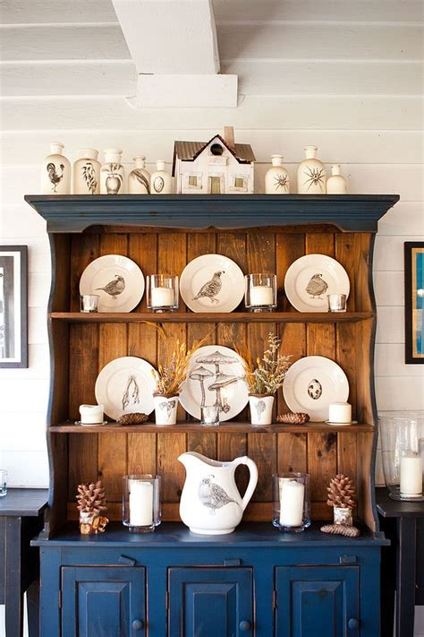 Dining Room Hutch Display Ideas 30 Unassumingly Chic Farmhouse Style Dining Rooms2014