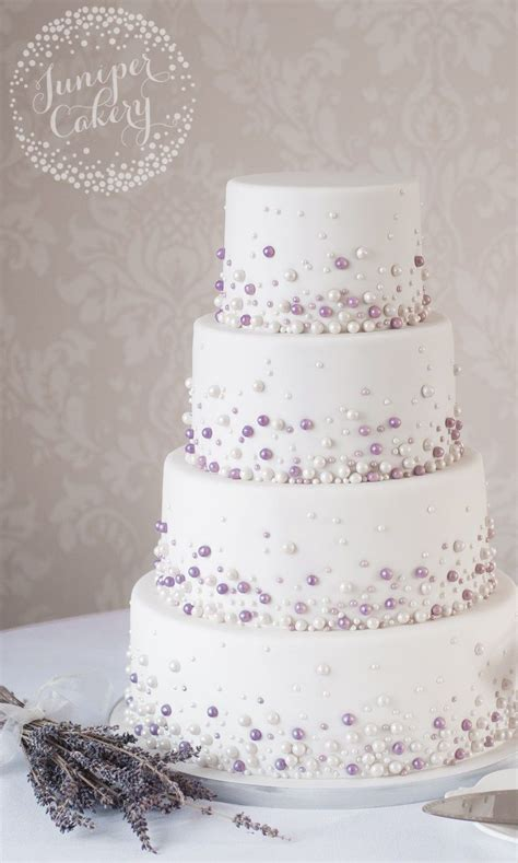 Moderne Torten by Modern Pearl Wedding Cake By Juniper Cakery Wedding