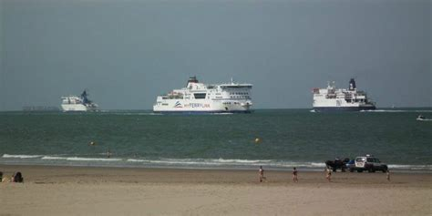 Car Rental Calais Ferry Port by Ferry Crossing Calais C 244 Te D Opale Tourisme