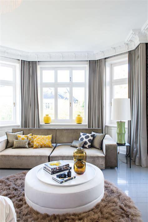 bergardinen blickdicht wohnzimmer gardinen mit balkontur rosa gardinen fenster