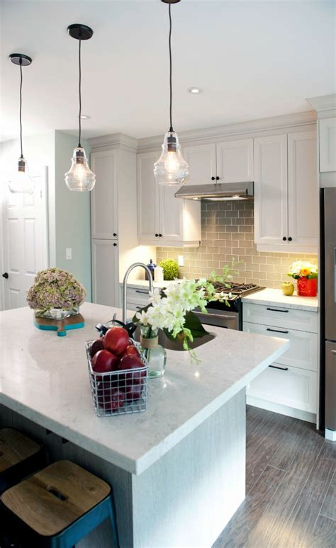 Property Brothers Kitchen Designs As Seen On Hgtv S Property Brothers Bright Kitchens Building Kitchens Tile