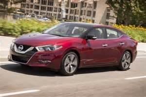Nissan Maxima Edmunds 2017 Nissan Maxima Sedan Review Ratings Edmunds