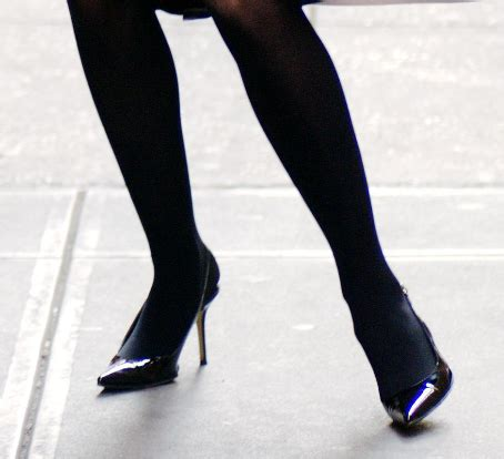 natealie hosiery celebrity legs and feet in tights cheryl cole natalie