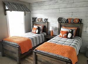 boy shared bedroom ideas best 25 twin boys rooms ideas on pinterest shared boys
