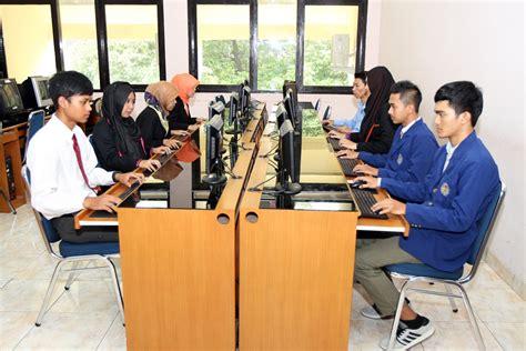 Staff Administrasi Perkantoran laboratorium jurusan pendidikan administrasi perkantoran