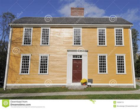 american colonial house american colonial house stock photography image 16256772