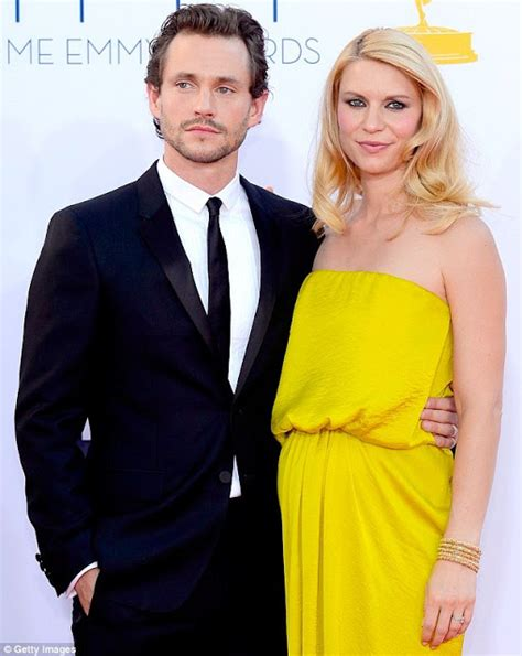 claire danes yellow dress claire danes blooming in yellow baby bump chic