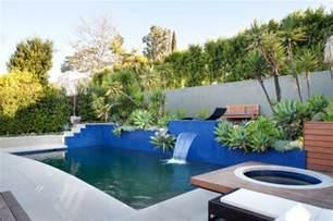 piscine de jardin 25 id 233 es avec une touche m 233 diterran 233 enne