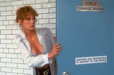 jamie lee curtis prom night 1980 the original scream queen jamie lee curtis top 5