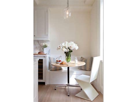 Amazing Arredare Cucina Piccola #1: 6.come-arredare-una-casa-piccola-cucina-zona-pranzo-panca-contenitore-800x599.jpg?e0b27b