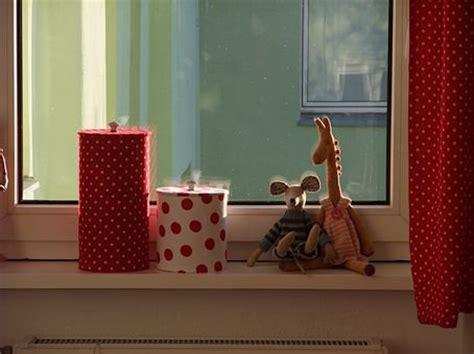 kinderzimmer deko fensterbank f 252 r die kleinen deko tiere im kinderzimmer solebich de
