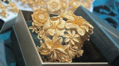 Mei Li Cincin Perhiasan Gold koleksi perhiasan emas murni