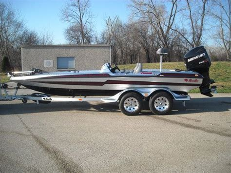 what is the best aluminum bass boat 30 best images about boats on pinterest legends bass