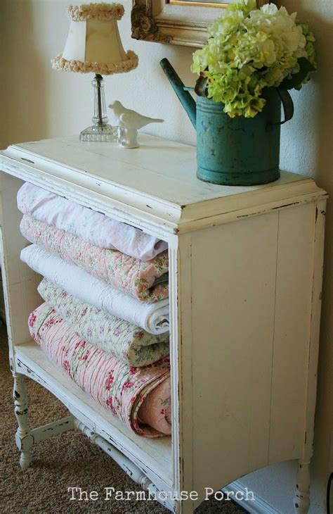 blanket storage ideas best 25 blanket storage ideas on pinterest spare