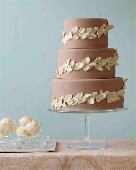 diy wedding cake ideas   transform  tiers