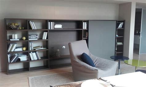 libreria con tv soggiorno parete libreria con vano tv soggiorni a