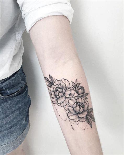 25  best ideas about Feminine sleeve tattoos on Pinterest   Mandala tattoo sleeve, Mandala