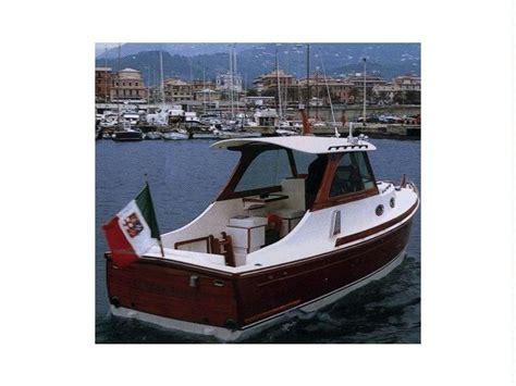 barca cabinata usata lobster 25 pleasure cabinato in toscana imbarcazioni