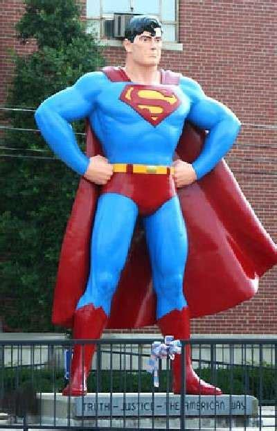 superman statue metropolis illinois superman
