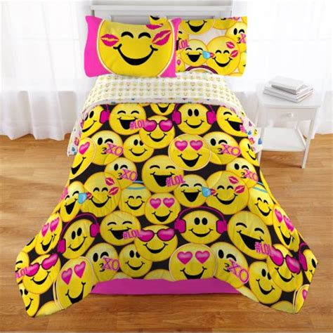 Purple Comforter Twin Emoji Nation Happy Happy Twin Bedding Bed In A Bag