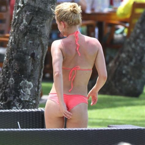 Hayden Panettiere Licks by For Shiggles