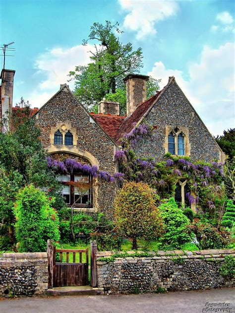 the english cottage 1000 ideas about english cottages on pinterest cottages