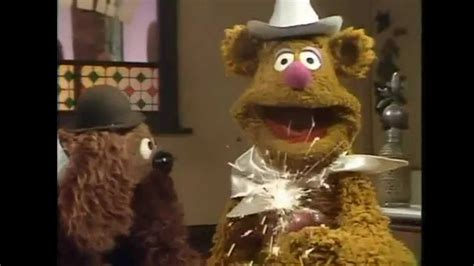 mirror movie clip fozzie bear kermit the frog muppet first appearances fozzie bear youtube
