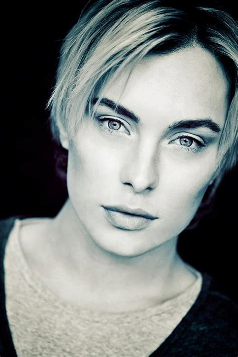 androgynous model roger garth staceybluesny