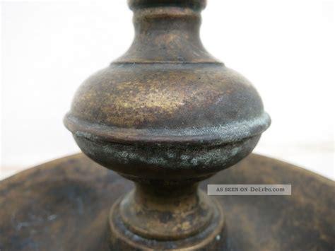 kerzenhalter mit griff antiker kerzenst 228 nder mit griff kerzenleuchter